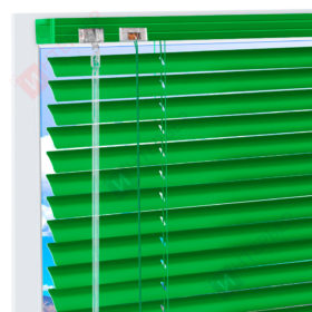 Горизонтальные алюминиевые жалюзи на пластиковые окна - чистый зеленый