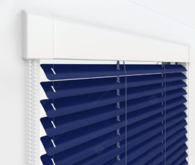Жалюзи Изотра 25 мм на пластиковые окна - цвет кобальтово-синий